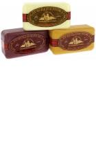 Lot de 3 savons: Fruits des bois - Miel - Chèvrefeuille